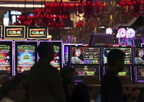 Who Else Desires To achieve success With Online Casino?